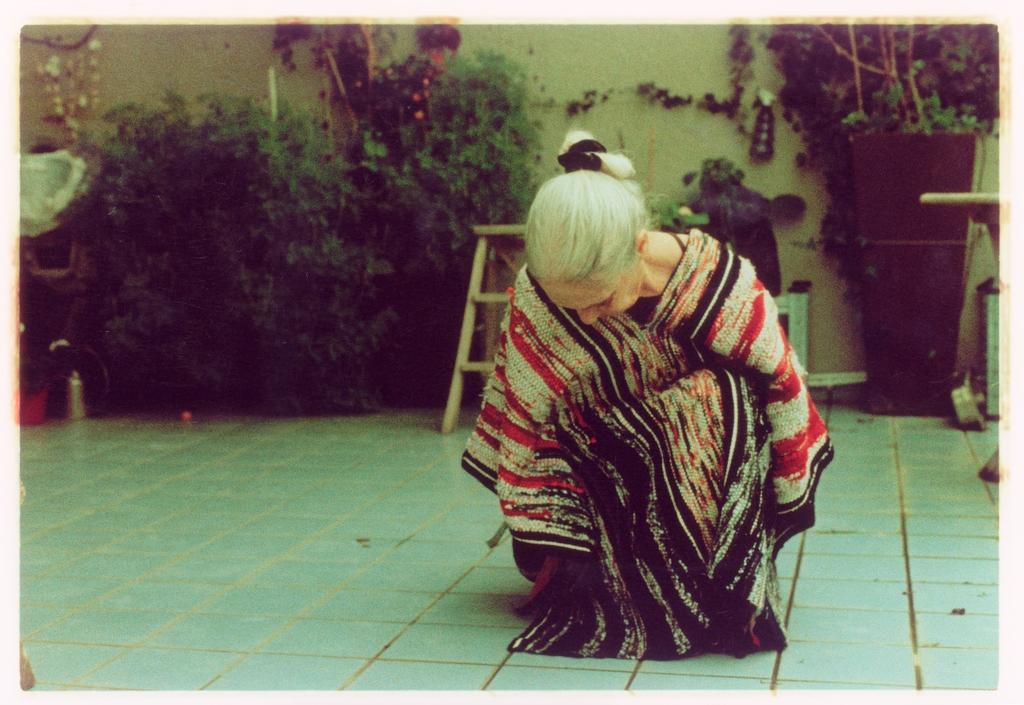 08-RuthAgassi